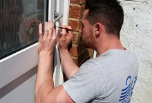 Lewis Locksmith LBP CRB CheckaTrade | Brighton Locksmith