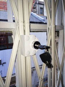 brighton-locksmith-window-lock