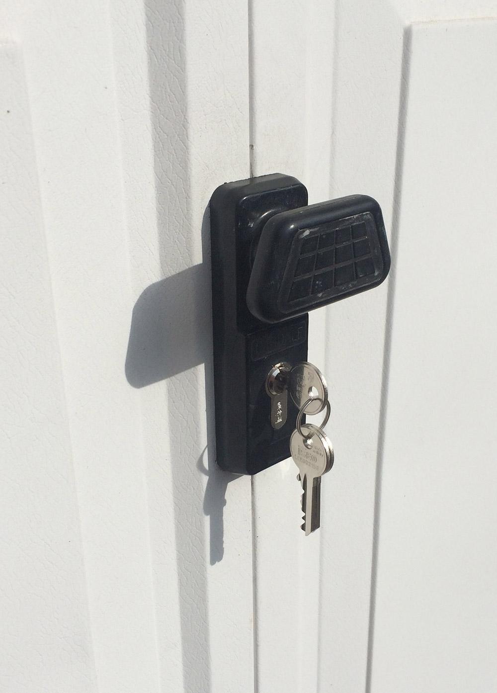 hove garage lock change