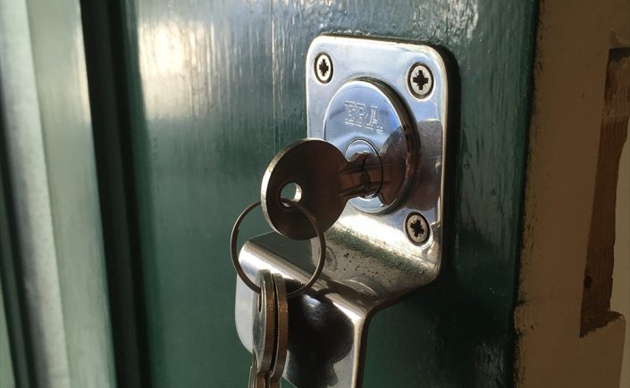 Brighton Locksmith | Key Snapped Locksmith Hove